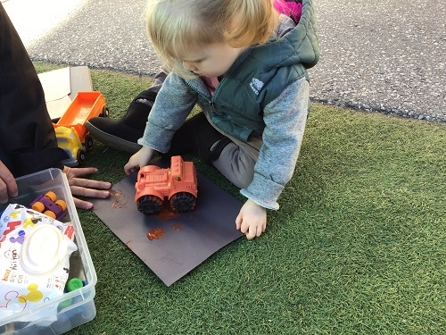 Painting with a toy truck